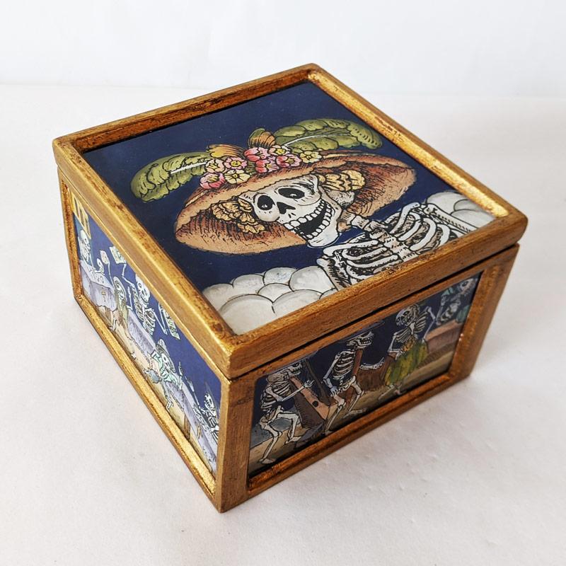 Catrina Box